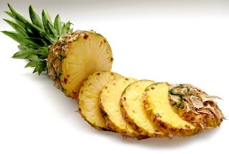 l'ananas può essere mangiata a fine pasto