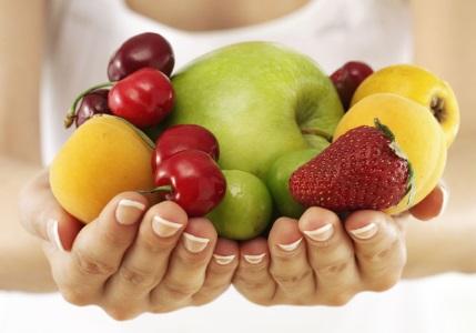 mangiare frutta lontano dai pasti