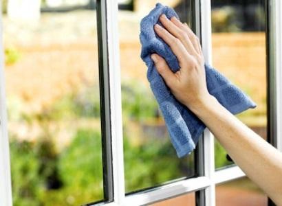 lavare i vetri per rinforzare i pettorali